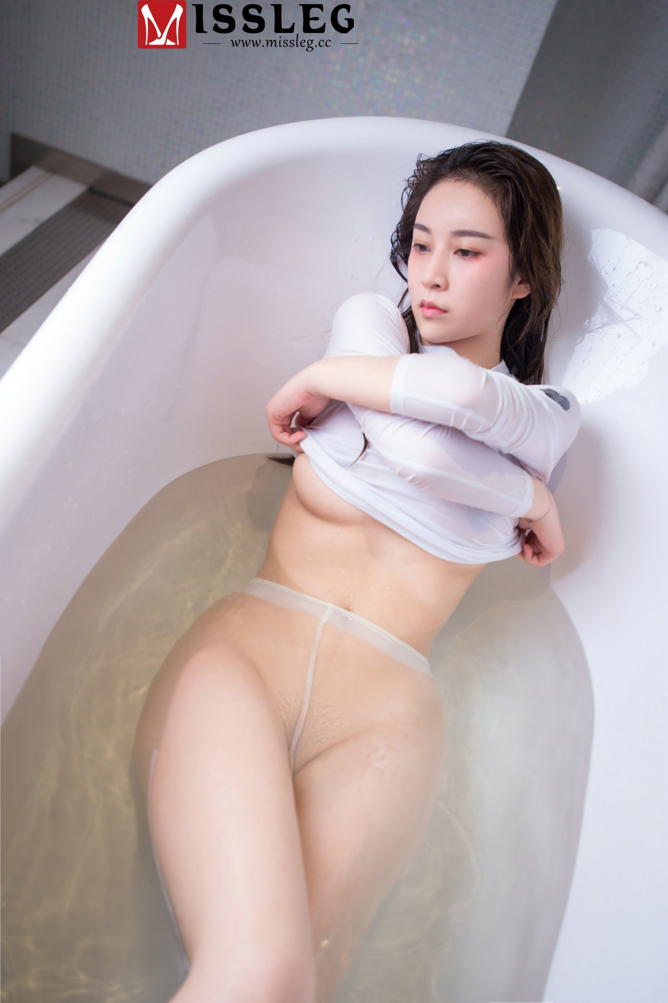 hot transparent wearing Chinese bath girl