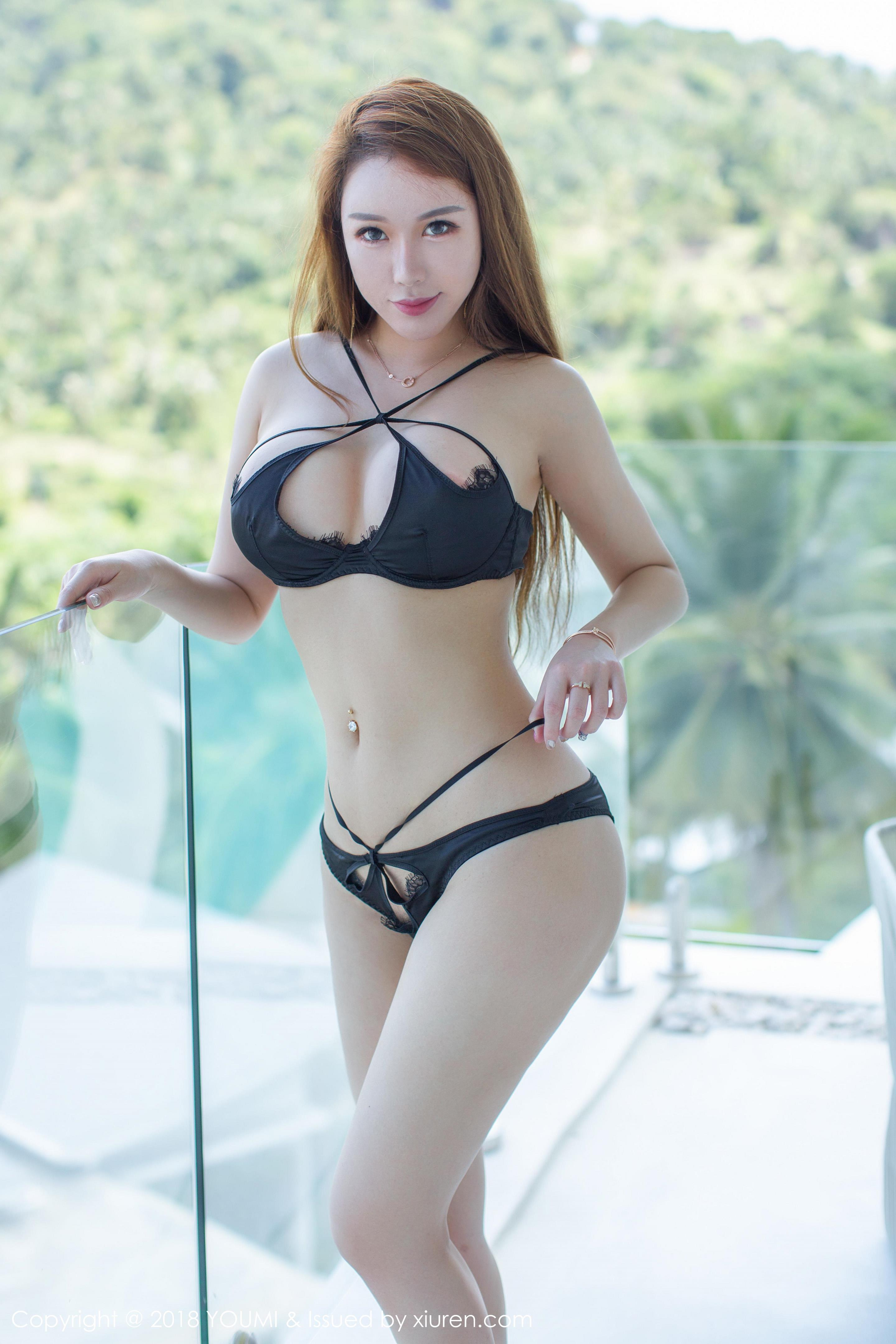 hot Chinese glamour in sexy wear